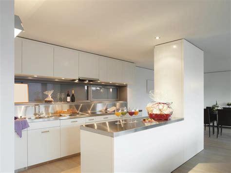 cuisine ouverte refermable modele de cuisine ouverte sur salle a manger maison