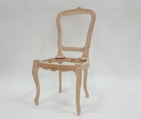 chaise style louis xv chaise louis xv fleurette les beaux sièges de