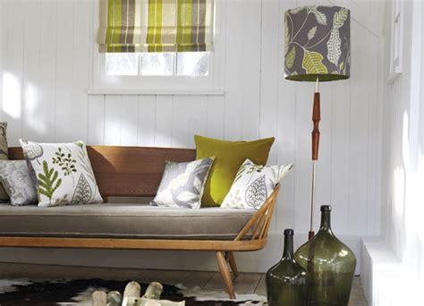 cojines para sofa verde oliva el color verde la naturaleza en casa villalba interiorismo