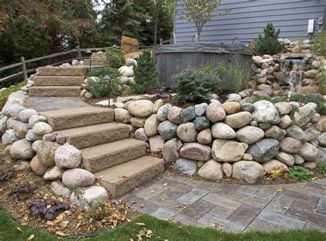 15 retaining wall ideas to spruce up the garden area
