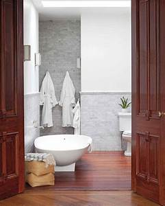 Home tour a family oriented brownstone in brooklyn for Martha stewart bathrooms
