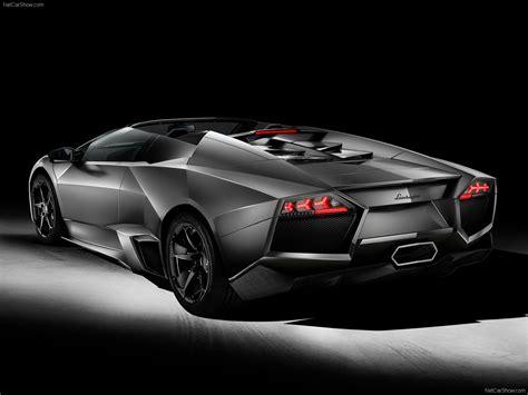 Lamborghini Reventon Roadster (2010) - picture 4 of 8