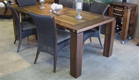 modele de table de cuisine modele de table de cuisine en bois maison design bahbe com