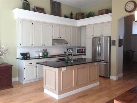 taupe kitchen cabinets and wall color what color should we paint our kitchen cabinets 9454