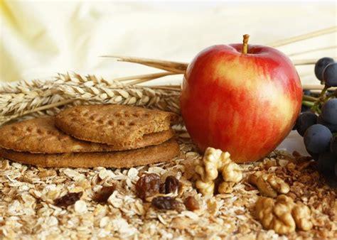 fibre alimentare fibre alimentare solubile si insolubile diferente si