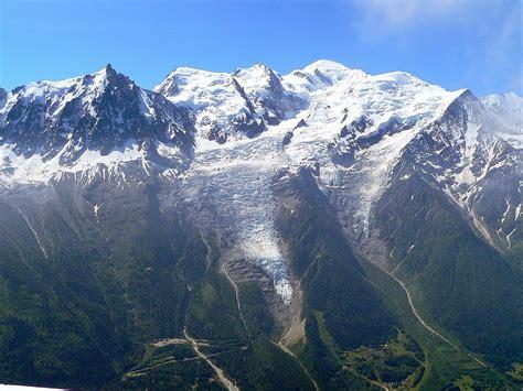cine du mont blanc chamonix mont blanc le glacier des bossons 183 michelariege