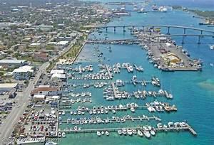 Nassau Yacht Haven In Nassau Nassau Bahamas