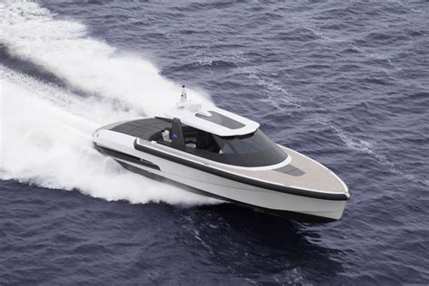 Yacht Tender by Yacht Tender Ribbon 45 Sc By Ribbon Yachts Yacht Charter