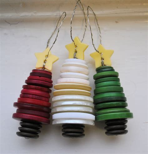 recycled button christmas tree ornaments by theknitterkritter