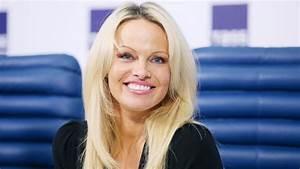 Pamela Anderson X : pamela anderson cured of hepatitis c but others wait for miracle drug abc news ~ Medecine-chirurgie-esthetiques.com Avis de Voitures