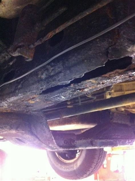 chevrolet colorado rusted  frame  complaints