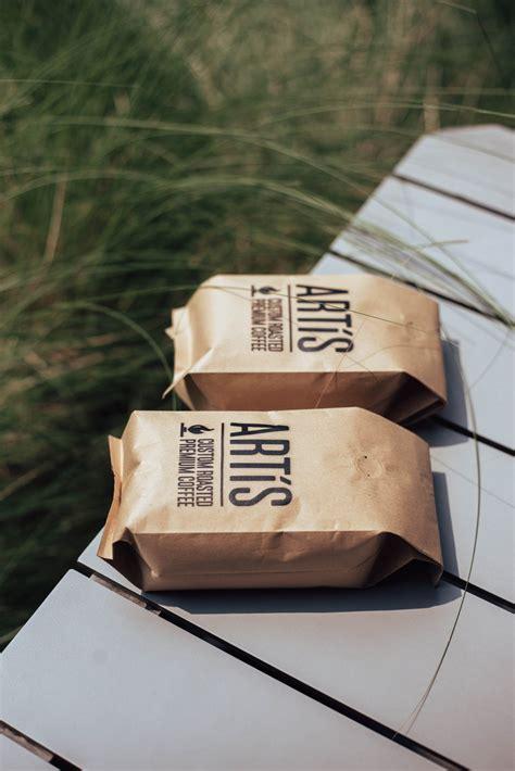 The centerpiece of the café is the trio of javamaster roasters. Artís Roaster Coffee - Dark Roasted 1 kg. - ARTIS COFFEE