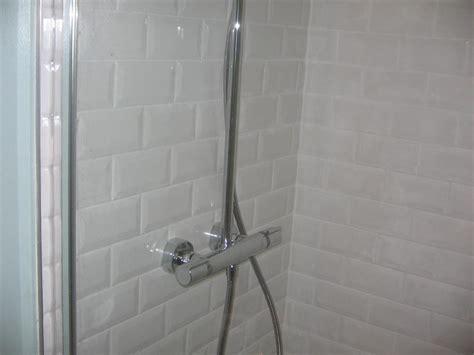 salle de bain faience metro