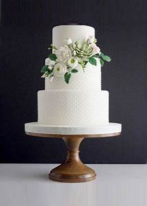 1 Chf To Eur Chart Floral Classic White Wedding Cake On 14 Inch Wood Cake