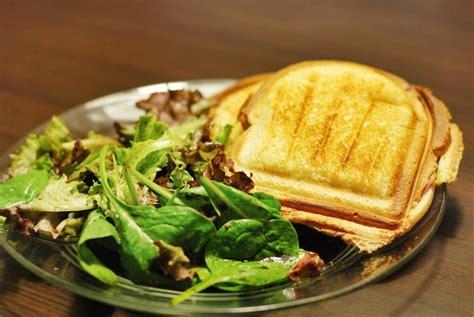 appareil pour cuisiner croque monsieur et salade verte mon assiette gourmande
