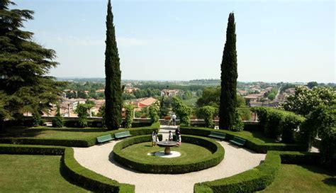 comune volta mantovana palazzo gonzaga e giardini all italiana terre dell alto