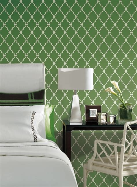 Trellis Wallpaper In Green And Ivory By Antonina Vella