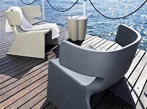 Meuble Plastique Exterieur : mobilier d exterieur professionnel chaises tables design ~ Teatrodelosmanantiales.com Idées de Décoration