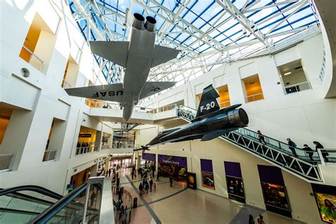 air  space museums  attractions  la