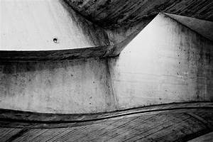 Modern Black and White Photography by Maryia Ramanava