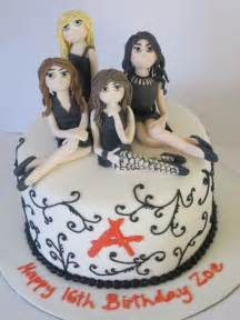 Pretty Little Liars Cake