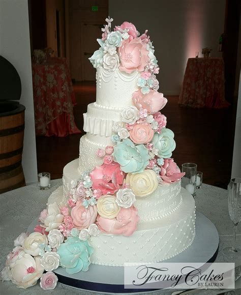 pastel wedding cakes ideas  pinterest price chart diy quinceanera doll
