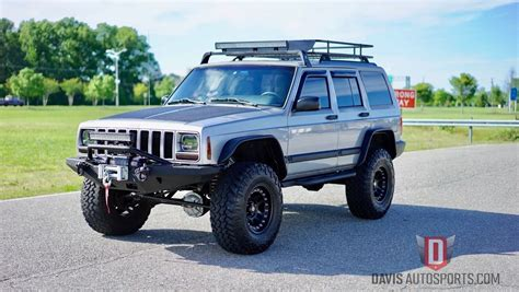 jeep xj lifted jeep cherokee xj lifted restored built stage 3