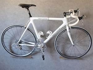 Fahrrad Wandhalterung Design : 6 elegante fahrrad wandhalterungen im vergleich bikecitizens ~ Frokenaadalensverden.com Haus und Dekorationen