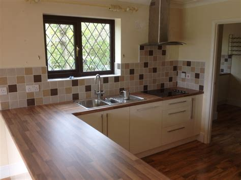 Kitchen Ideas B And Q by News Wight Fit Kitchens Isle Of Wight