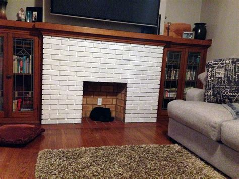 whitewashed brick fireplace how to whitewash a brick fireplace barr bungalow