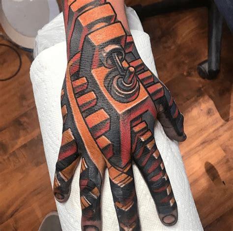 fabulous finger tattoos     worlds