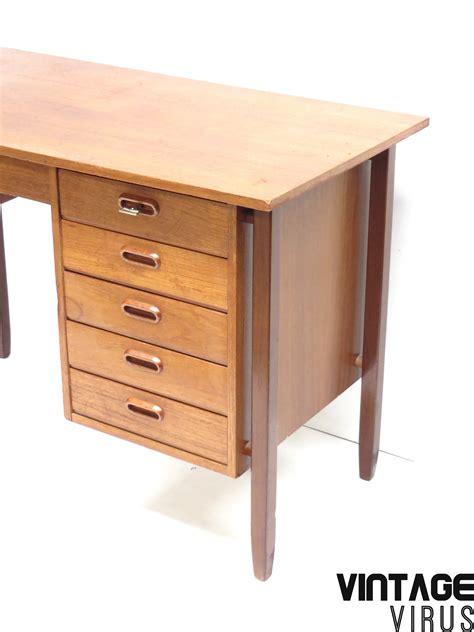 bureau vintage vintage desk with 6 drawers made of teak in the 60s