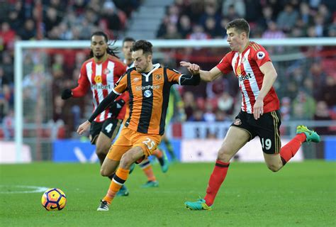 Sunderland star Paddy McNair suggests he wants Premier ...