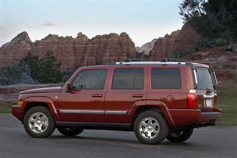 commander jeep 2010 jeep commander sport utility models price specs reviews