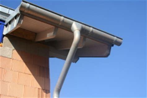 solarleuchten für dachrinne die entw 195 164 sserung h 195 164 usern bauunternehmen