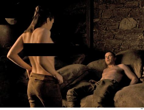 Game Of Thrones Fans Freak Out Over Arya Sex Scene