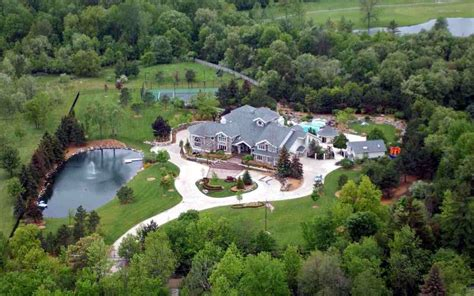 What We Know So Far About Eminem's House And Car