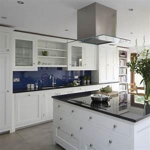 Cuisine bleue marine maisonreveclub for Couleur bleu canard deco 6 cuisine bleue je fonds pour une cuisine bleue elle