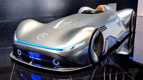 Car Design Concepts : Mercedes' Eq Silver Arrow Blends Retro Design With