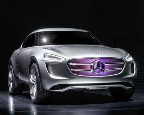 mercedes benz  code vision concept turns   giant
