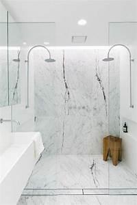 Salle De Bain Marbre Blanc : la salle de bain avec douche italienne 53 photos ~ Nature-et-papiers.com Idées de Décoration