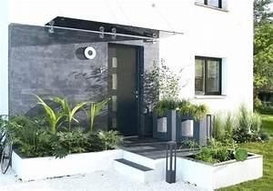 Entrée Maison Exterieur : amenagement exterieur de maison idee deco de jardin ~ Farleysfitness.com Idées de Décoration