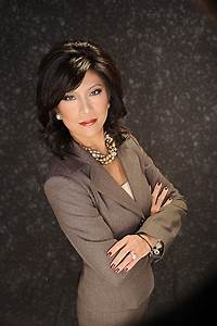 julie chen american tv personality With julie chen wedding ring