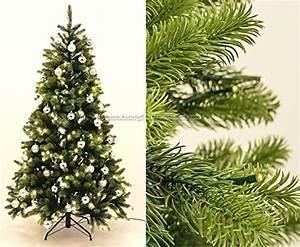 Künstlicher Weihnachtsbaum Geschmückt : k nstlicher tannenbaum aus spritzguss richtig geschm ckt wirkt er nat rlich ~ Yasmunasinghe.com Haus und Dekorationen