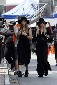 Jessica Lange and Emma Roberts Photos Photos - Gabourey ...