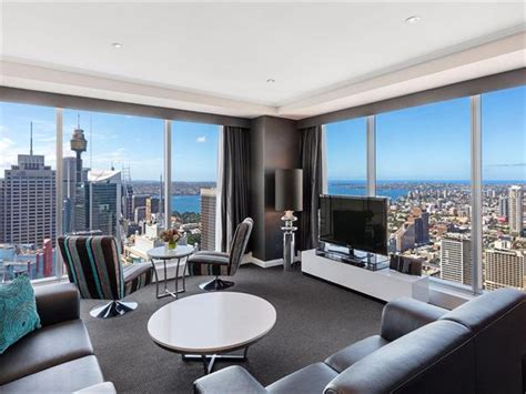Meriton Appartments by Meriton Serviced Apartments World Tower Sydney Compare