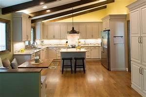 Standard Kitchen & Bath Kitchen Remodel in Showplace