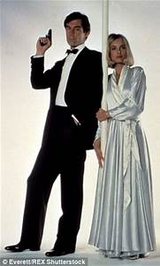 The 77 most iconic Bond Girl outfits of all time revealed | Daily Mail Online