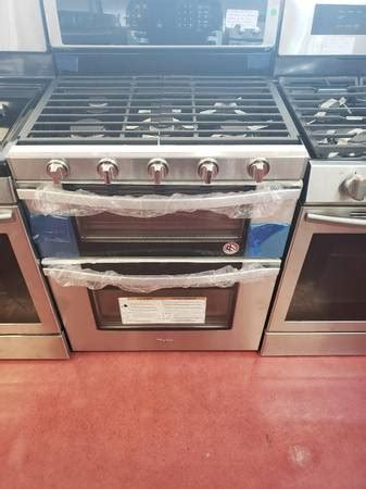 whirlpool  cu ft gas double oven range  open box  appliance outlet