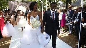 wedding cake johannesburg rosette mogomotsi and lunga ncwana celebrate wedding sabc2